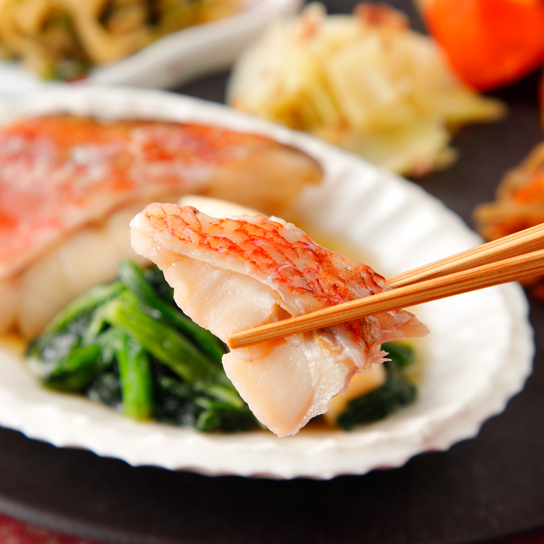 気くばり御膳 赤魚の煮付け風とおかず4種