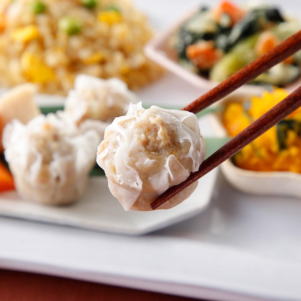 ウーディッシュ 五穀の炒飯風と肉シューマイ