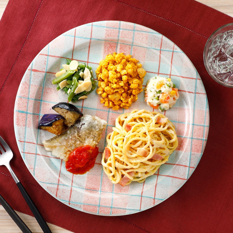 ウーディッシュ カルボナーラと白身魚のトマトソース