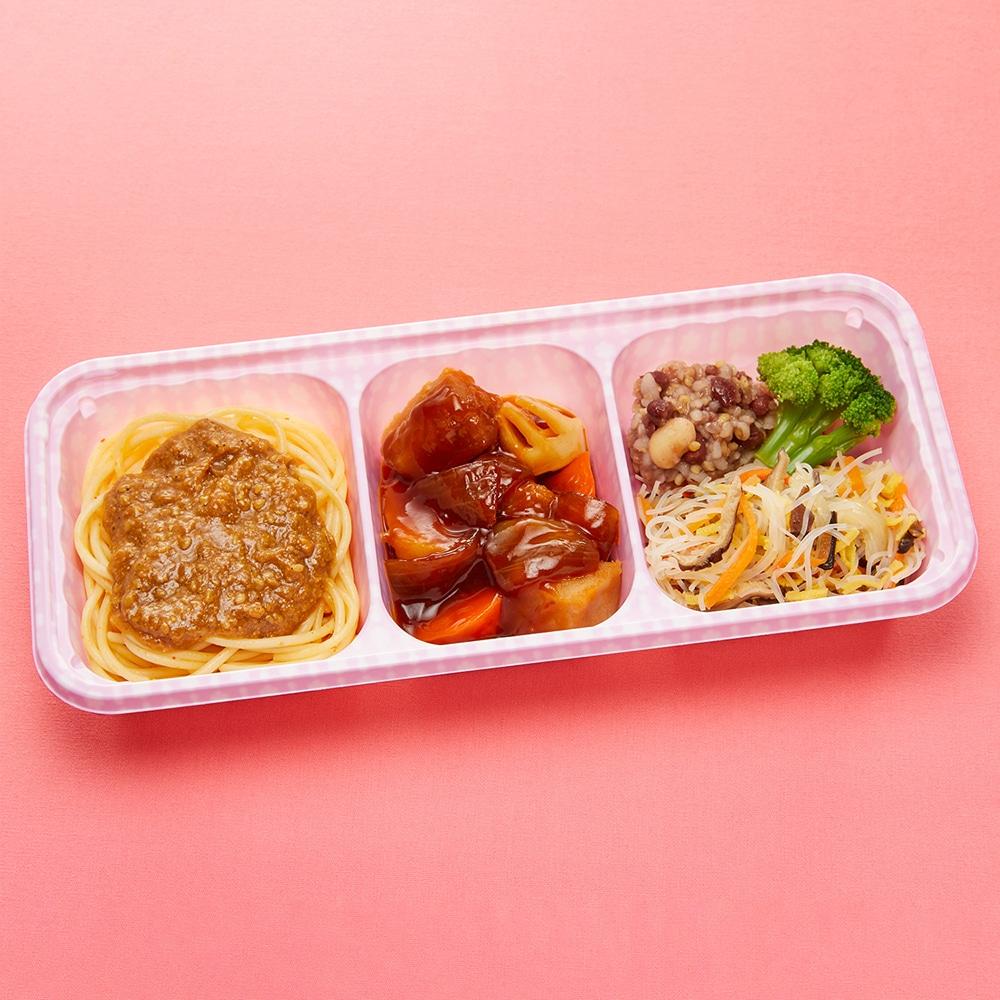 ウーディッシュ 黒酢の酢豚と担々麺風