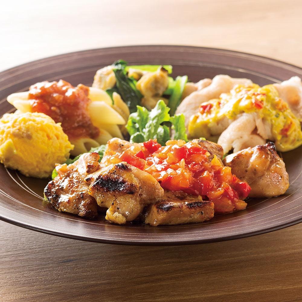 PD 炭火焼チキンのサルサ風ソース&豚肉のカレーソースプレート